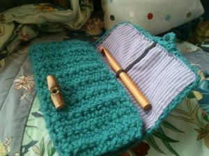 Crochet travel hook holder